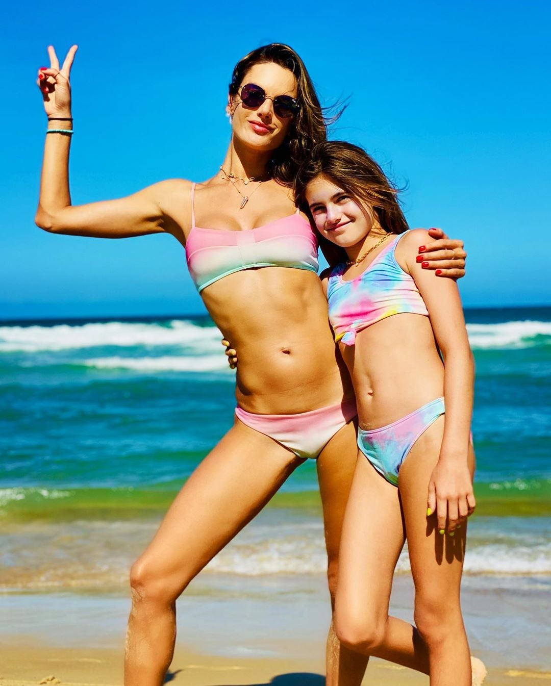 Alessandra Ambrosio and Anja (in the Photo: Playback/Instagram)