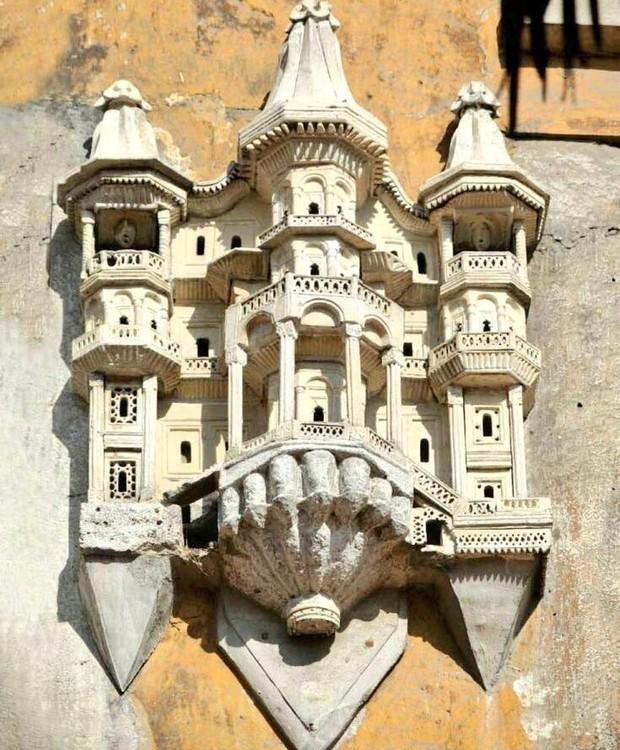 Os palácios para pássaros eram fixados nas paredes dos grandes prédios turcos (Foto: Caner Cangül)