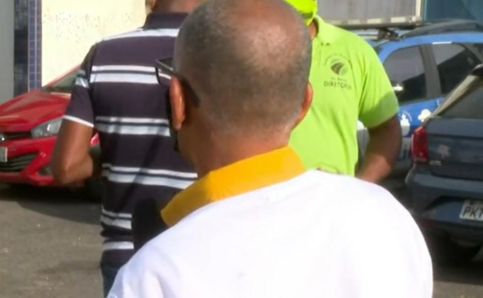 Outro rodoviário, que seguia em carro particular, também foi assaltado — Foto: Reprodução/TV Bahia