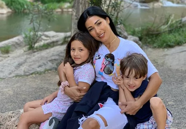 Simaria com os filhos, Giovanna e Pawel (Foto: Reprodução/Instagram)