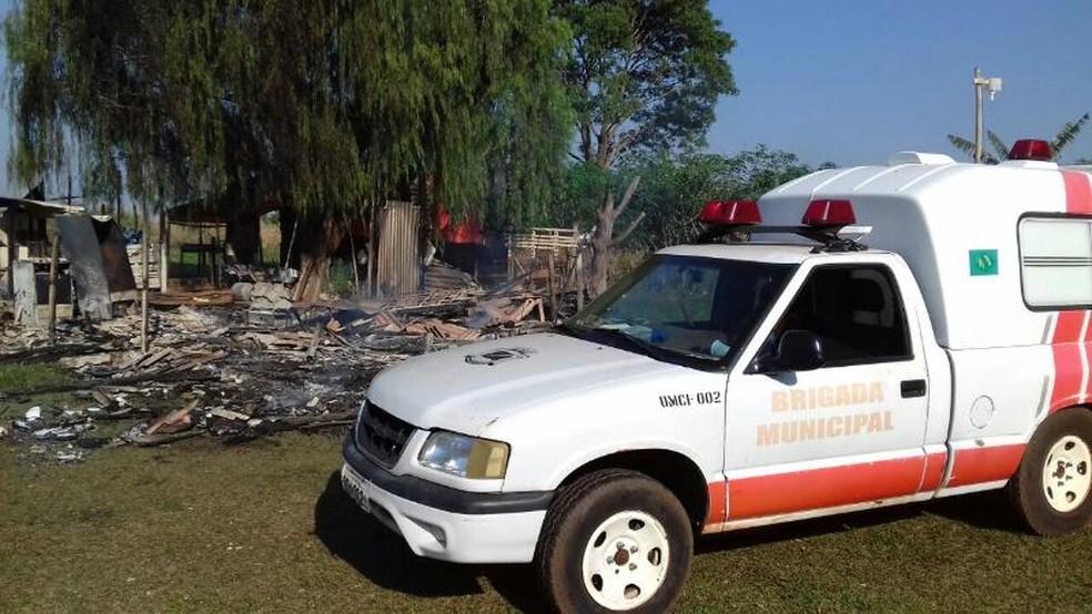 Polícia ainda vai investigar as causas do incêndio  (Foto: Donnega Imagens)