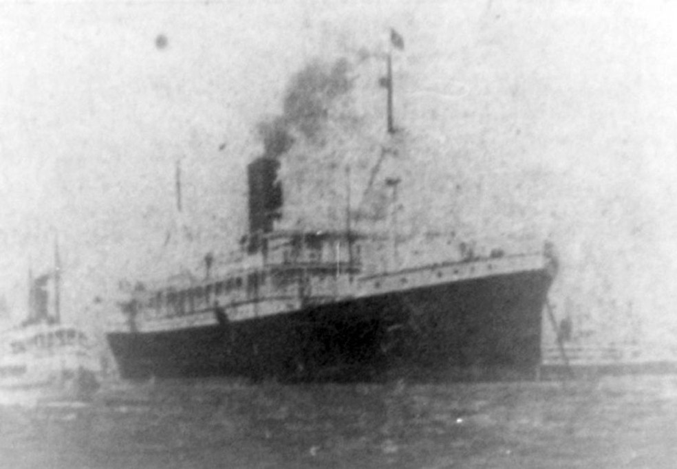 O navio Anselm, que levou os astrônomos britânicos de Liverpool a Belém, foi o primeiro a retomar as viagens para a América do Sul após a guerra — Foto: Luiz Crispino/ Biblioteca Pública Arthur Vianna