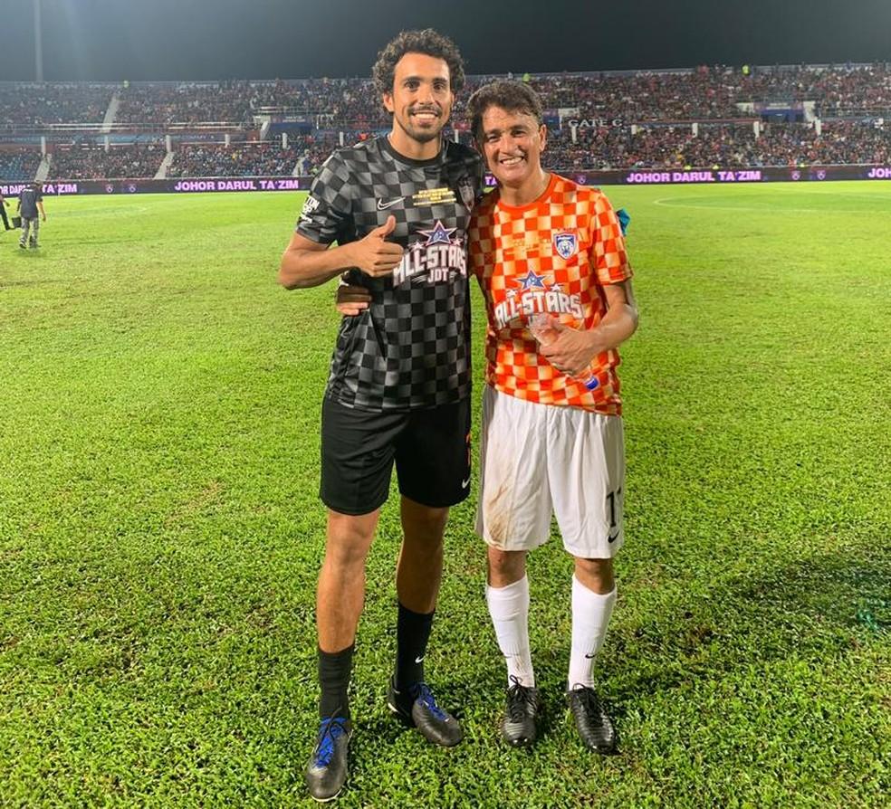 Diogo e Bebeto na Malásia — Foto: Reprodução / Instagram