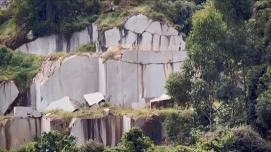 Fernando Gabeira mostra a luta para preservar a Pedra Branca, em Minas Gerais