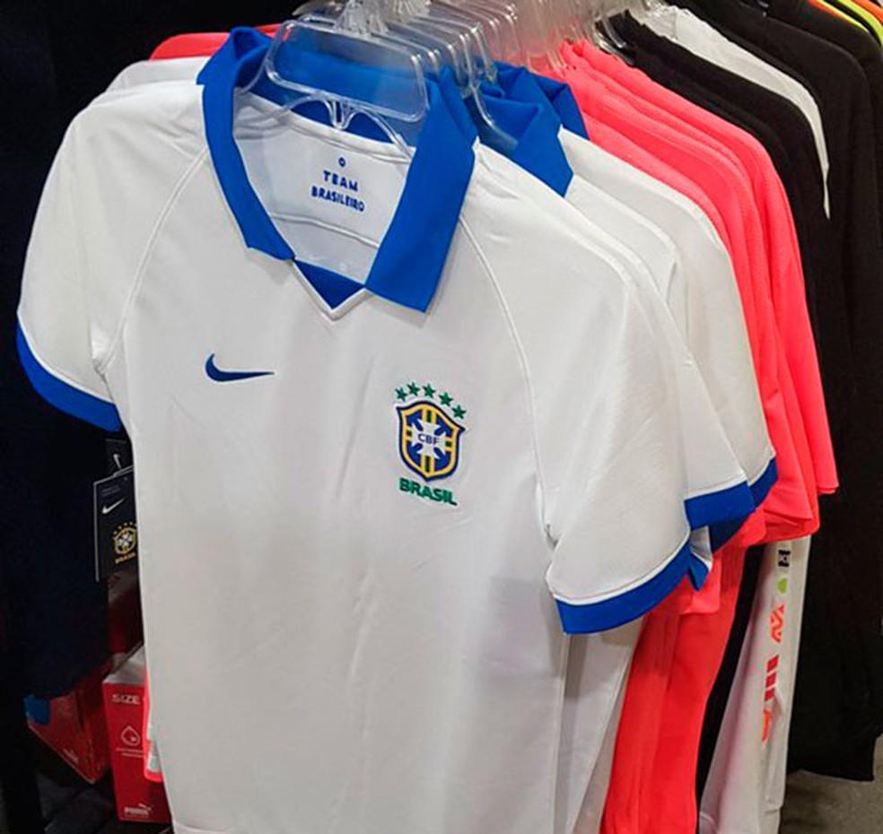 889c1516a620c ... Camisa branca seleção brasileira para a Copa América — Foto  Reprodução    Twitter