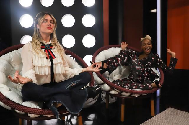 Giovanna Ewbank e Karol Conka gravam a nova temporada do 'Superbonita' (Foto: Tricia Vieira / GNT)