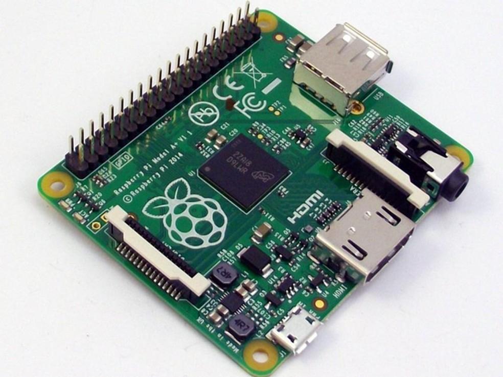 Modelo A+ é versão menor e revisada do computador de entrada da primeira geração  — Foto: Divulgação/Raspberry Pi Foundation
