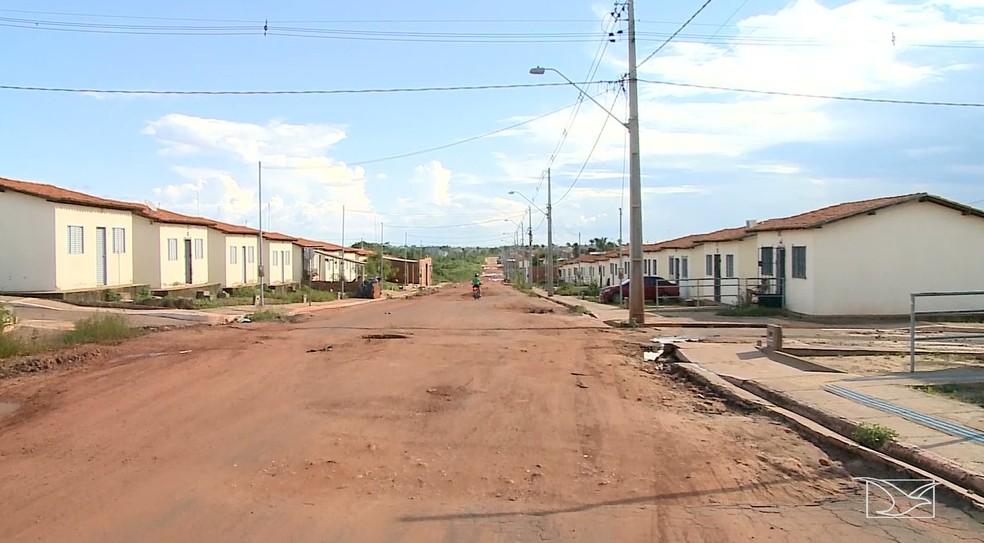 Casas do programa Minha Casa, Minha Vida são fiscalizadas em Imperatriz — Foto: Reprodução/TV Mirante