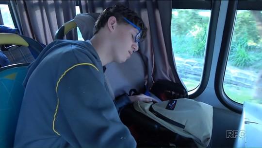 Alunos com deficiência mental demoram até três horas para chegar à escola