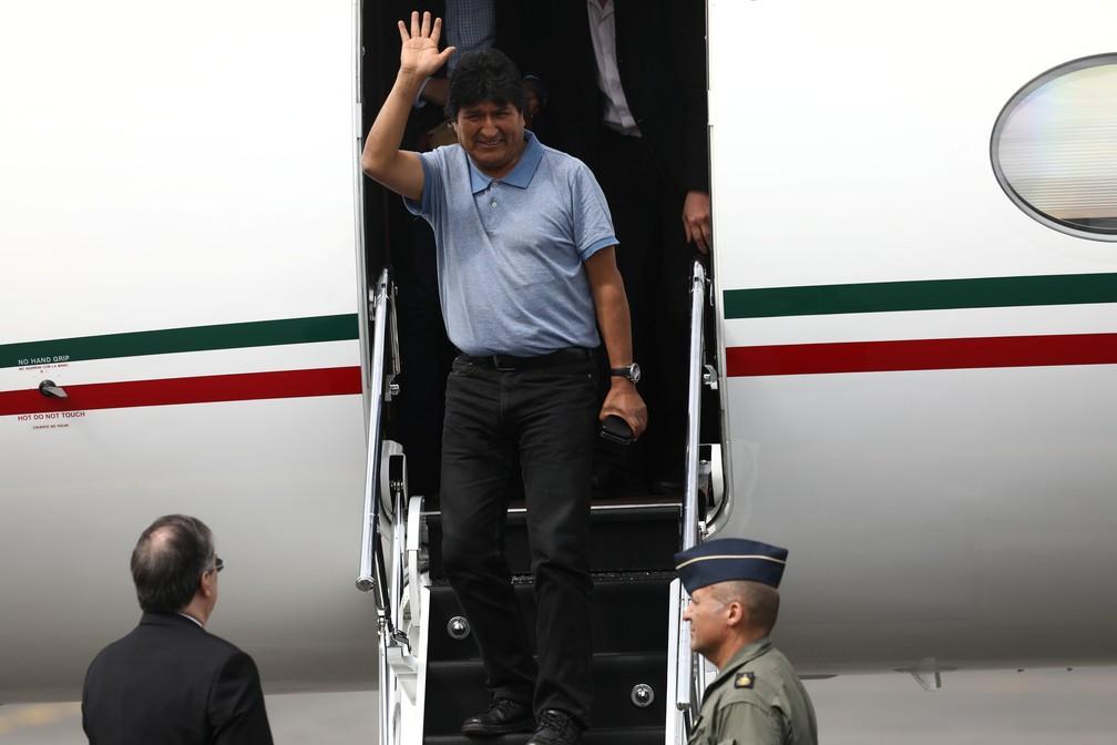 Evo chega à Cidade do México — Foto: Reuters/Edgard Garrido