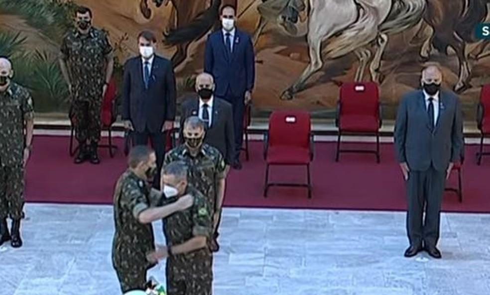 Cerimônia de troca do Comando Militar Sudeste, em São Paulo, nesta quinta-feira (15) — Foto: Reprodução