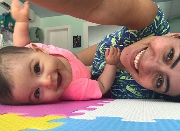 Carol Castro sobre o pós-parto: fase contraditória (Foto: Arquivo pessoal/ Carol Castro)