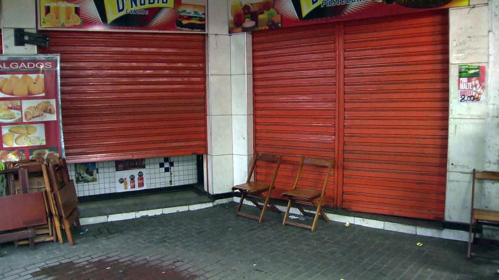 Crime foi numa lanchonete no Engenho Novo — Foto: Reprodução/TV Globo