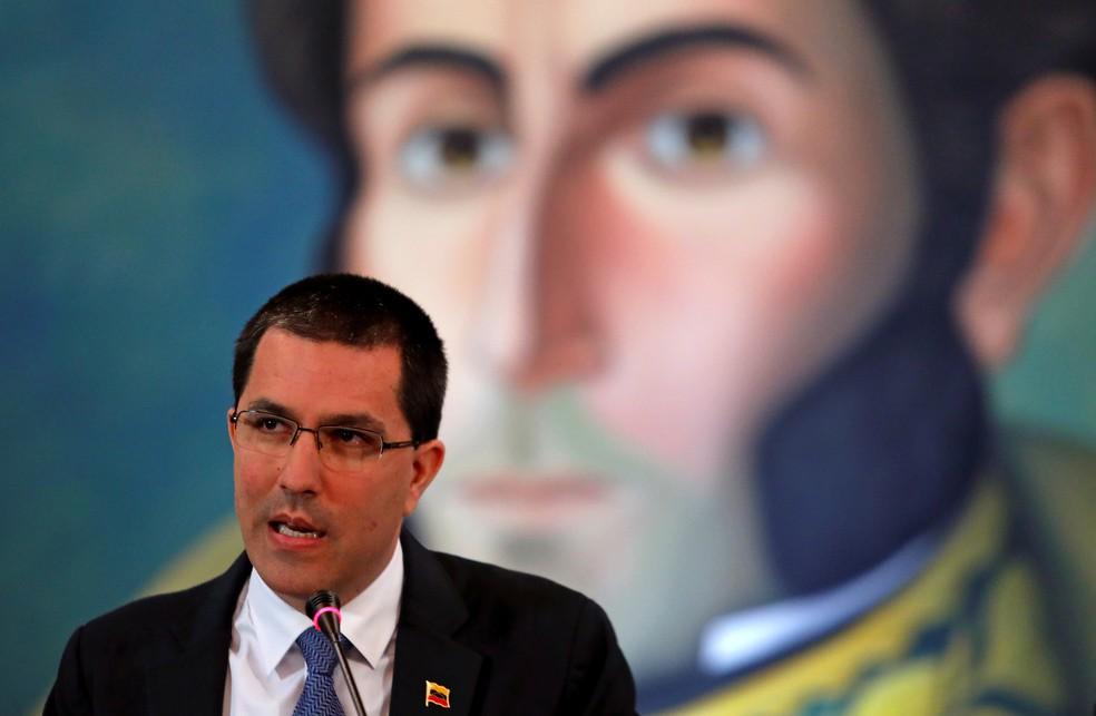 O ministro das relações exteriores da Venezuela, Jorge Arreaza (foto de arquivo), negou golpe militar em andamento e culpou os Estados Unidos pela situação na Venezuela nesta terça (30). — Foto: Manaure Quintero/Reuters
