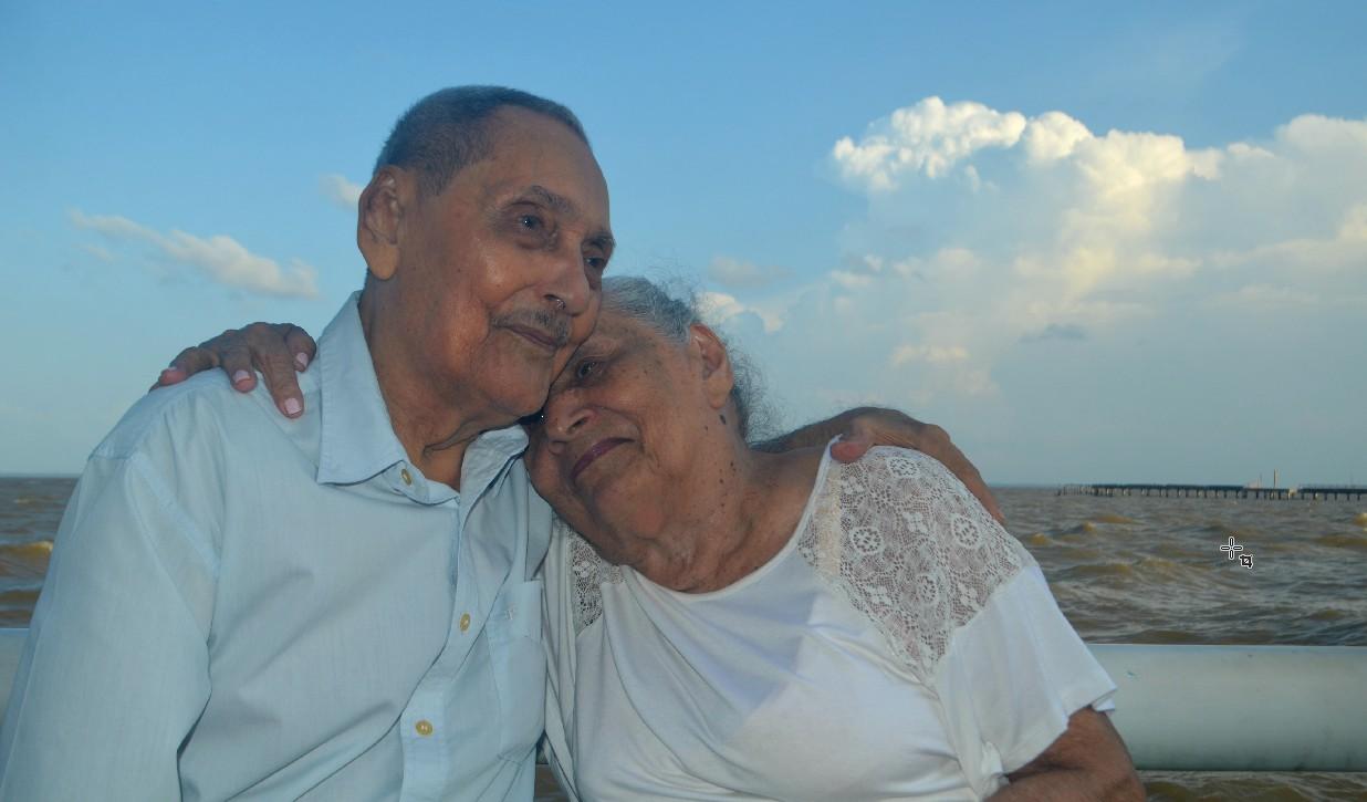Com 73 anos de união e 5 tataranetos, casal de idosos no AP celebra a vida: 'segredo é o amor' - Notícias - Plantão Diário