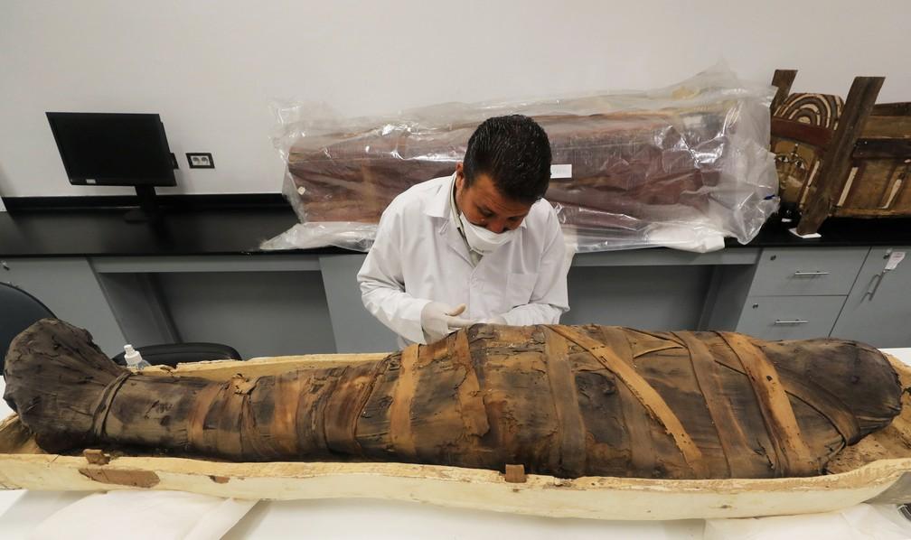 Sarcófago do faraó egípcio Tutancâmon — Foto: Mohamed Abd El Ghany/Reuters