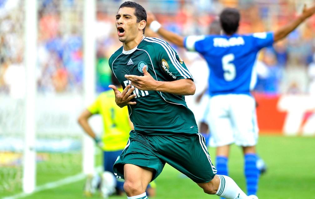 Diego Souza comemora gol pelo Palmeiras em 2008 — Foto: Agência estado
