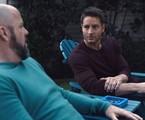 Chris Sullivan e Justin Hartley em cena como Toby e Kevin em 'This is us' | NBC
