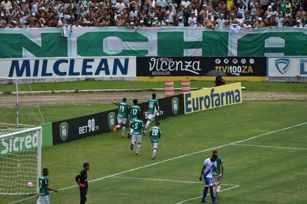 Palmeiras chega embalado após goleada sobre o Taubaté (Foto: Filipe Rodrigues/ GloboEsporte.com)