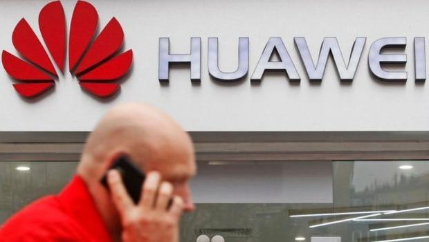 Huawei é uma das maiores fornecedores de equipamentos e serviços de telecomunicações do mundo (Foto: Getty Images via BBC News Brasil)