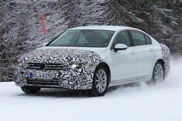 Volkswagen Passat vai ganhar o seu primeiro facelift em 2019 (Foto: AutoMedia/Autoesporte)