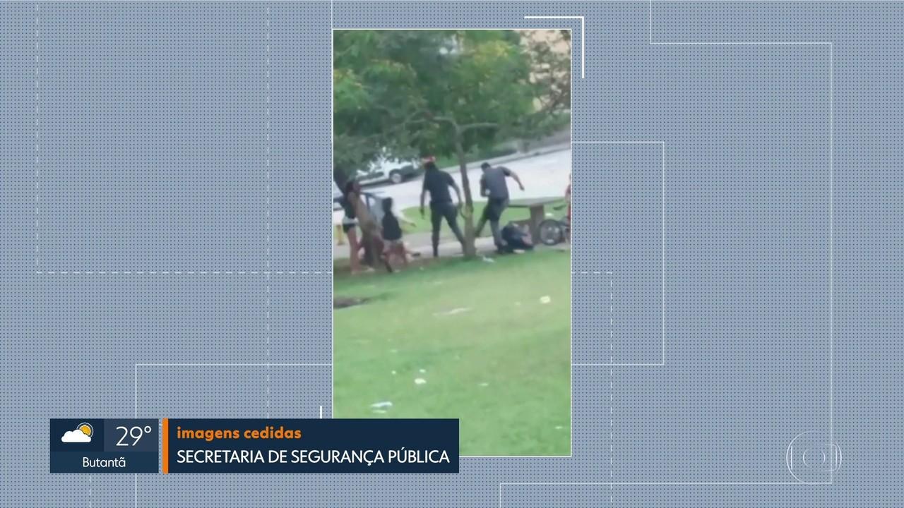 Vejas as imagens: agressão policial em uma praça em Santo André