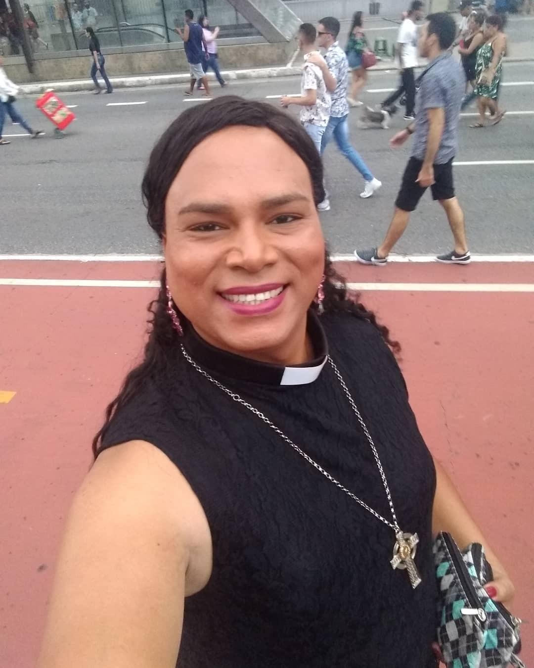 Reverenda trans, Alexya Salvador, é internada na UTI com Covid-19 - Revista  Marie Claire | Notícias