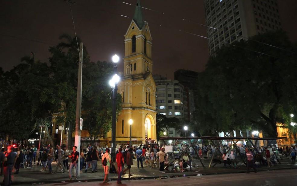 Igreja Nossa Senhora do Rosário recebe doações (Foto: Celso Tavares/G1)