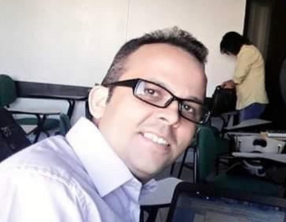 Professor universitário foi achado morto dentro de apartamento no Bairro Montese, em Fortaleza — Foto: Arquivo pessoal