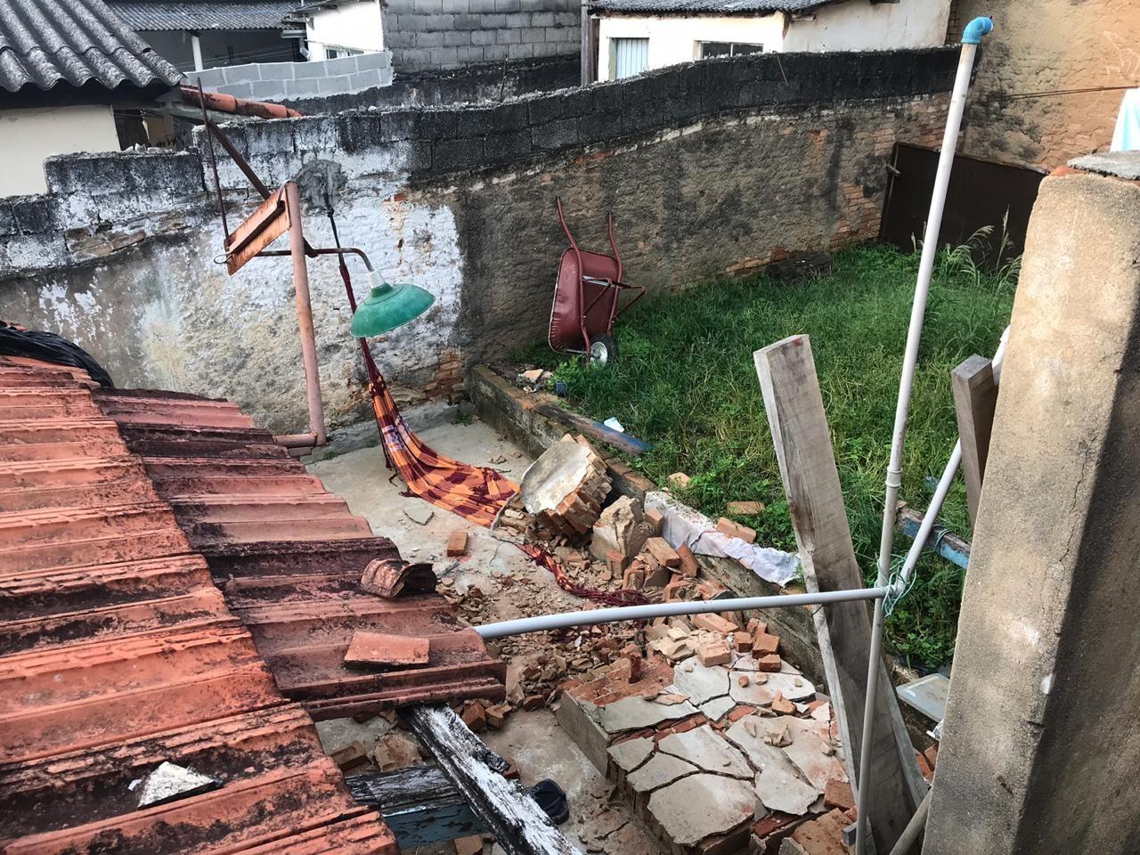 Muro desaba e mata criança de 5 anos que brincava em rede em São José, SP - Noticias