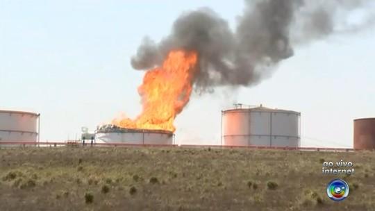 Tanque de combustível pega fogo em usina de cana em Paraíso