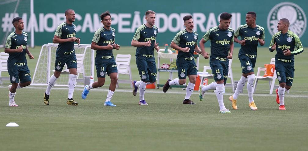 Elenco do Palmeiras no treino desta terça-feira — Foto: Cesar Greco\Palmeiras