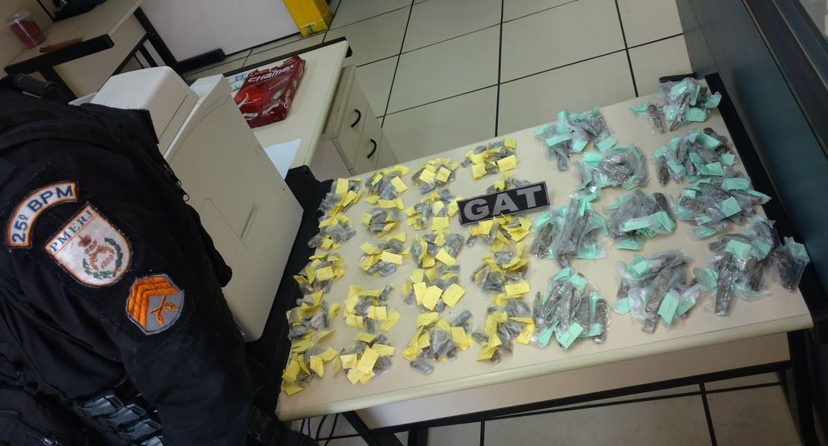 Procurado por roubo de carga é preso com maconha em Cabo Frio, no RJ