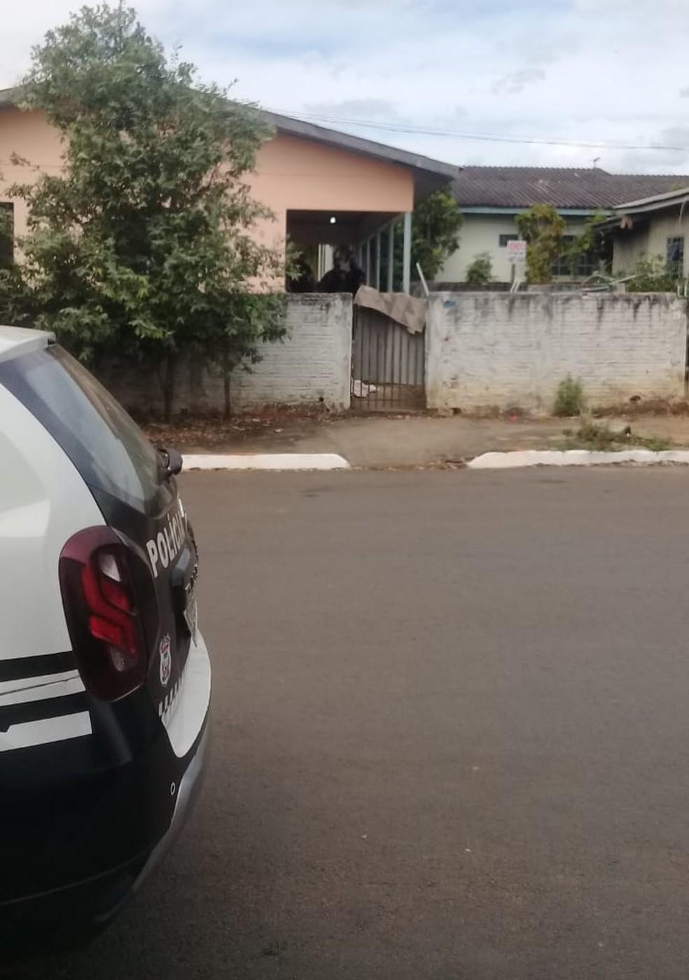 Corpo foi encontrado em quintal de casa em Sorriso (MT) — Foto: Divulgação
