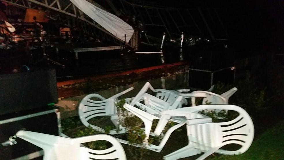 Concerto da Ospa acontecia no Jardim Botônico no memento da tempestade (Foto: Gilvania Banker/arquivo pessoal)