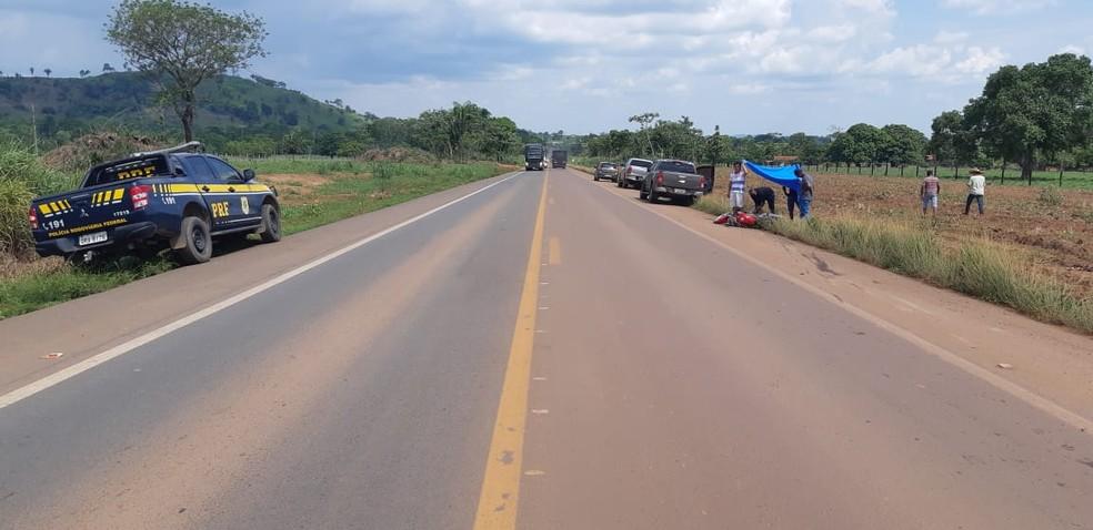 Acidente aconteceu na BR-364, próximo a Jaru — Foto: PRF/Divulgação