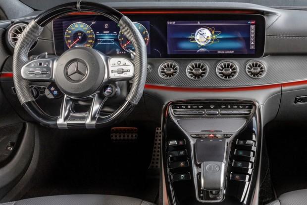 Mercedes-AMG GT 43 (Foto: divulgação)
