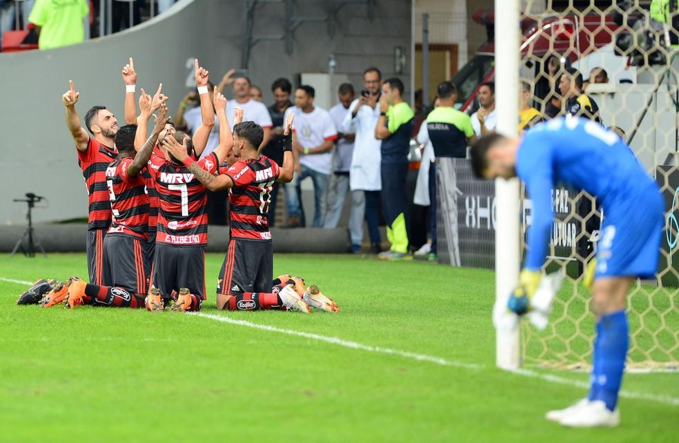 Flamengo levou a melhor no clássico disputado em Brasília — Foto: Edu Andrade/Fatopress/Estadão Conteúdo