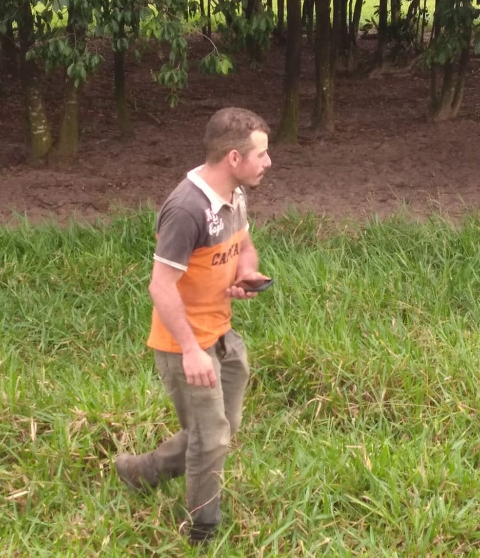 Fernando Silveira de Souza foi preso quando tentava fugir de carona com um caminhoneiro — Foto: Polícia Militar de Mato Grosso/Divulgação