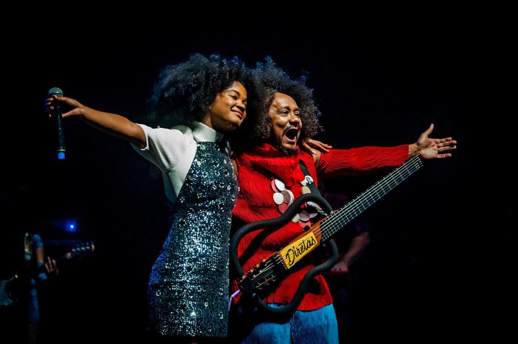 Agnes Nunes e Chico César cantam no Festival de Arte Negra, em Belo Horizonte — Foto: Divulgação/Nádia Nicolau