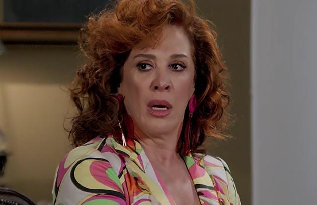 Na quinta-feira (30), Lidiane (Claudia Raia) vai flagrar João (Rafael Vitti) com Manu (Isabelle Drummond). A mocinha tentará esconder o namorado da mãe (Foto: TV Globo )
