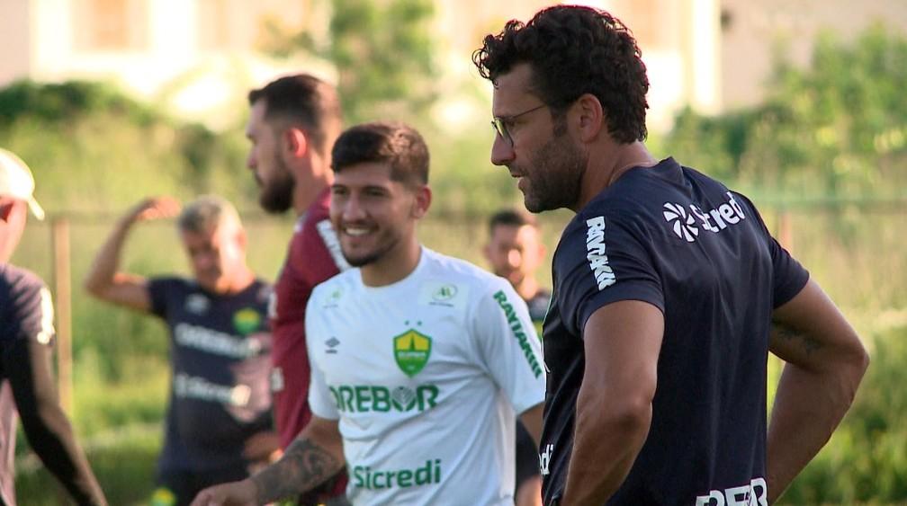 Alberto Valentim — Foto: Gustavo Cavalcante/Rede Clube