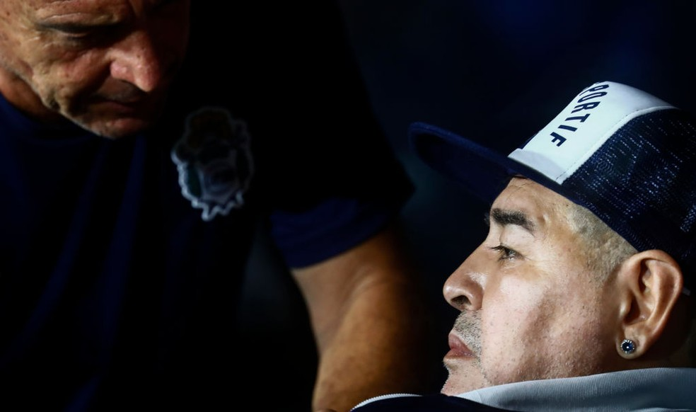 Diego Armando Maradona é atualmente técnico do Gimnasia de La Plata — Foto: Getty Images