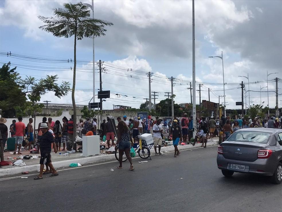 Feira do Rolo, no bairro de Boa Vista do Lobato, Subúrbio Ferroviário de Salvador — Foto: Renan Pinheiros/TV Bahia