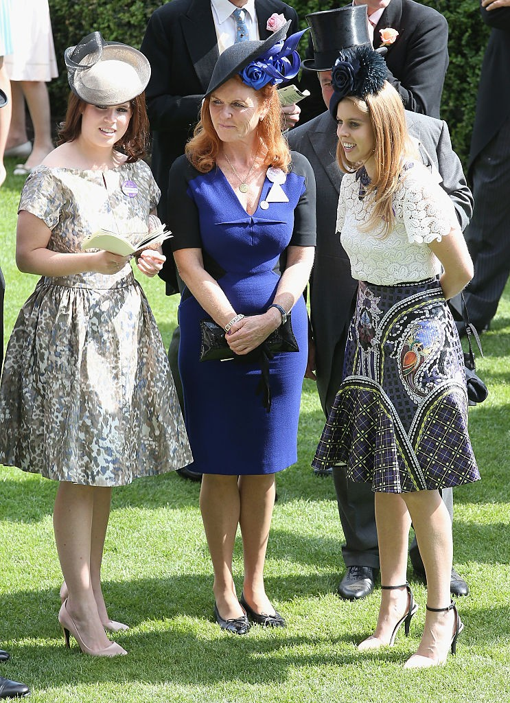 Princesa Eugenie, Princesa Beatrice e Sarah Ferguson, Duquesa de York  (Foto: Getty Images)