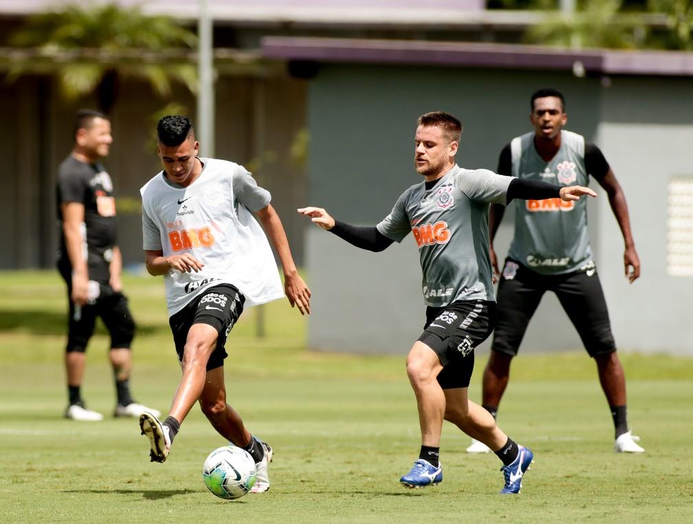 Escalação do Corinthians: mesmo após goleada, Mancini pode mexer no time para encarar o Palmeiras