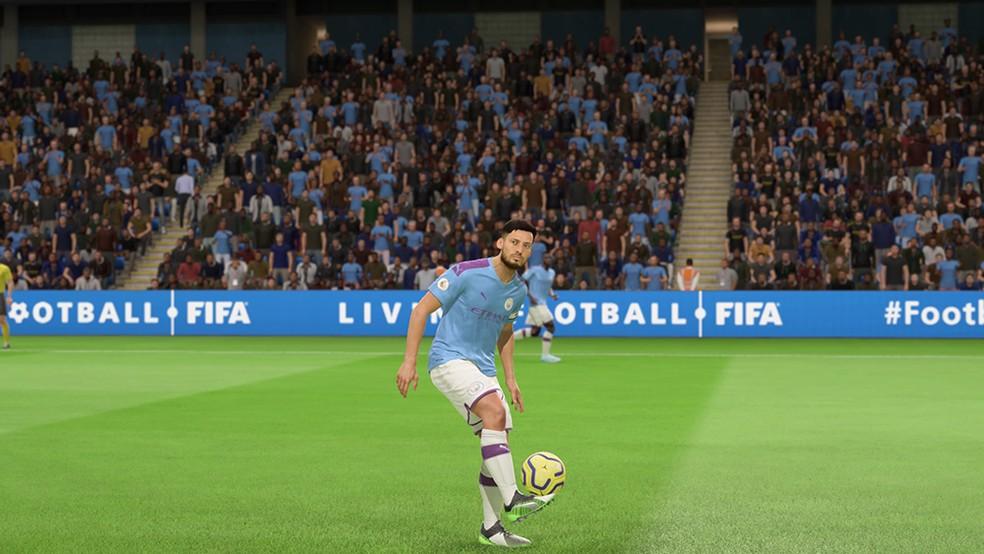 David Silva é um dos principais jogadores do Manchester City e tem contrato próximo do fim — Foto: Reprodução/André Magalhães