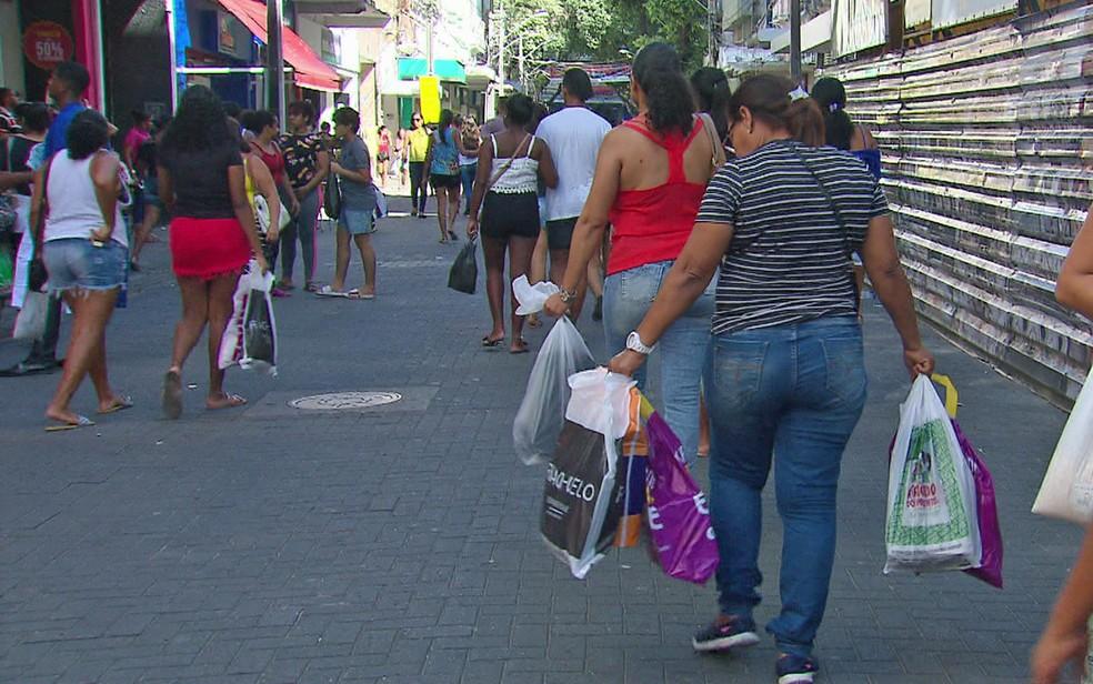 Comércio no Centro do Recife fecha na terça-feira (1º) — Foto: Reprodução/TV Globo
