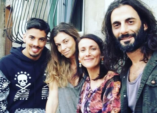 Felipe de Carolis, Grazi Massafera, Ana Barroso e Flávio Tolezani durante as gravações de 'Verdades Secretas' (Foto: Reprodução/Instagram)