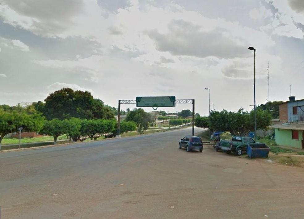 Morador reclamou da falta de policiamento militar no Bujari — Foto: Reprodução/Google Street View